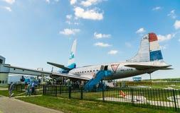 道格拉斯DC-4 Skymaster PH-DDY飞机被显示在Aviodrome飞机博物馆 库存图片