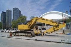 道路工程车 水力的挖掘机 道路工程挖掘者 库存照片