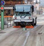 道路清扫工通信工具 图库摄影