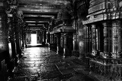遗产寺庙的内部-包括跳舞平台 库存照片