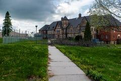 遗弃托特样式大厦-被放弃的水芹的监狱/疗养院-宾夕法尼亚 库存图片