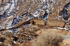 遗物哲蚌寺残破的墙壁  免版税库存照片