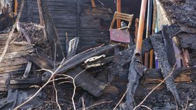 遗骸被烧在房子下 图库摄影