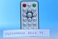 遥控在意大利语英国和telecomando della电视 免版税图库摄影