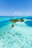 遥远的热带海岛太平洋,帕劳,密克罗尼西亚鸟瞰图  免版税图库摄影