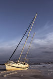 遭到海难的风船 免版税库存照片
