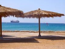 遮篷海滩 免版税库存照片