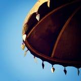 遮阳伞,佛教保护标志-葡萄酒作用 免版税库存照片