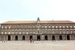 那不勒斯,意大利王宫  免版税图库摄影
