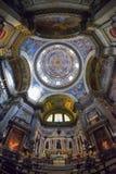 那不勒斯,意大利, 6月01日:那不勒斯大教堂中央寺院二圣热纳罗在2016年6月01日的意大利 库存图片