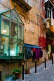 那不勒斯,意大利- 2016年1月16日:老镇街道视图Na的 库存照片