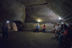 那不勒斯,意大利- 6月01 :那不勒斯古老地下画廊在那不勒斯, 2016年6月01日的意大利 库存照片