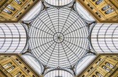 那不勒斯-在画廊里面的圆顶 库存图片