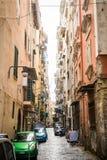 那不勒斯/意大利- 2017年11月30日:充分城市街道人我 免版税图库摄影
