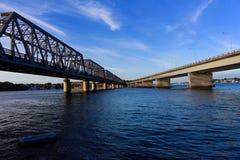 那里桥梁见面 图库摄影