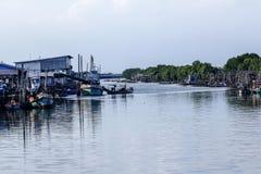 那里渔社区是许多渔船 库存图片