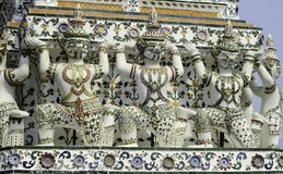 邪魔的装饰图片在黎明寺Ratchawararam 免版税库存图片