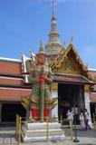 邪魔监护人在曼谷玉佛寺盛大宫殿曼谷 免版税库存图片