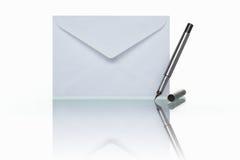 邮件笔 库存照片