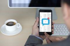 邮件通信对邮寄的连接消息与电话联系 免版税图库摄影