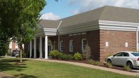 邮局白天建立的射击在小镇美国 股票视频