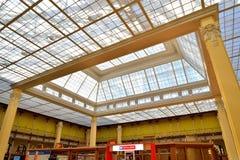 邮局的大厅的圆顶在Sunn的彼得斯堡 免版税库存图片