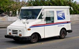 邮政卡车 免版税库存照片