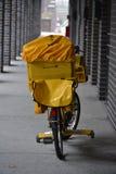邮政自行车 免版税图库摄影