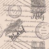 邮票、巴黎圣母院和王宫有在的巴黎和马德里,无缝的样式上写字在米黄背景 库存照片