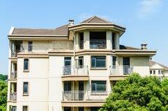 郊区公寓 免版税库存图片