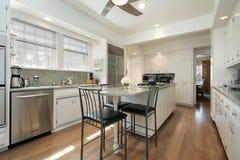 郊区家庭的厨房 免版税库存照片