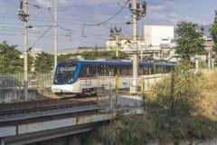 郊区火车开放透视射击在铁路的 库存照片