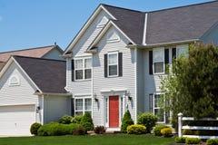 郊区美国的房子 免版税库存图片