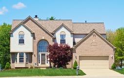 郊区美国的房子 库存照片