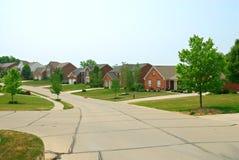 免版税图库摄影: 郊区2个砖家的故事