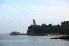 郑成功雕象鼓浪屿小岛的 库存照片