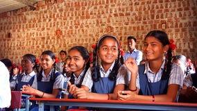 部族女学生在一所学校在印度 图库摄影