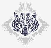 部族火焰顶头咆哮的老虎 免版税库存图片