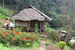 部族的房子 免版税库存图片