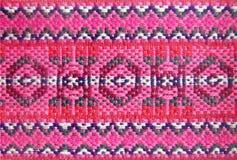 部族,种族被编织的样式 与几何元素的全国背景 地道装饰品 库存照片