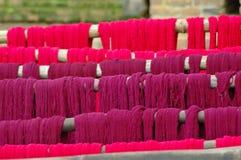 部署的紫色组织,尼泊尔 库存图片