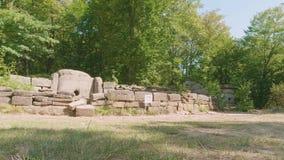 都尔门墙壁和前面部分的它与孔 影视素材