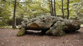 都尔门La格罗斯皮埃尔,巨石顶石在诺曼底,平底锅 影视素材