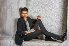 都市十几岁的男孩时尚 库存图片