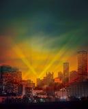 都市城市在Night之前 免版税库存照片