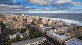 都市城市地平线,开普敦,南非。 免版税库存图片