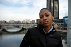都市态度的女孩 免版税库存图片