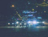都市晚上的业务量 免版税库存照片
