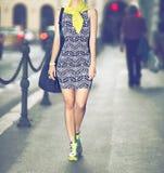 都市样式时尚女孩 免版税库存照片