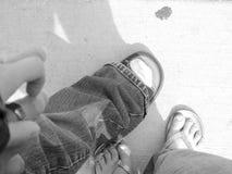 都市步行和阴影 免版税库存照片